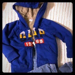3️⃣ Thick,warm GAP sweaters&jeans, 3T